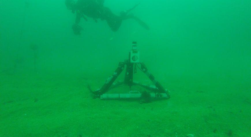 Juin 2020: En collaboration avec le SHOM récupération de collecteurs d'informations sous-marines